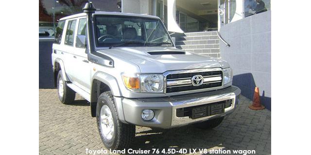 Land Cruiser 76 4.5D-4D LX V8 station wagon